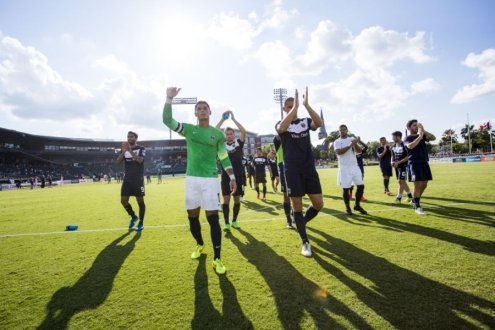Jacksonville players thank fans at the end of the Spring Season (Photo: Jacksonville Armada FC)