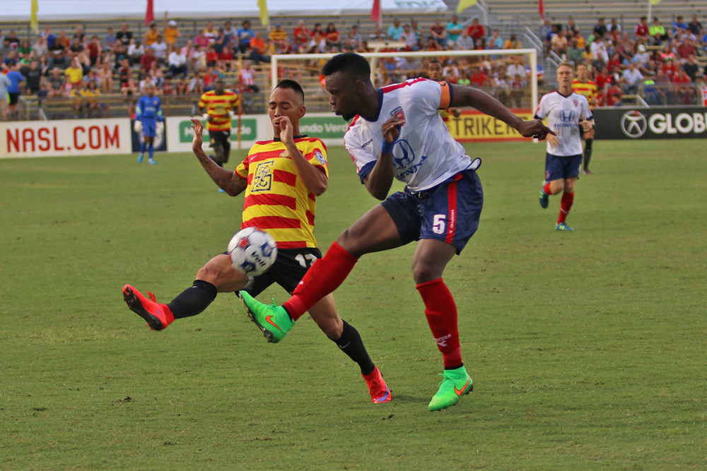 Shawn Chin and Erick Norales battled for the ball in June. (Photo: Fort Lauderdale Strikers)