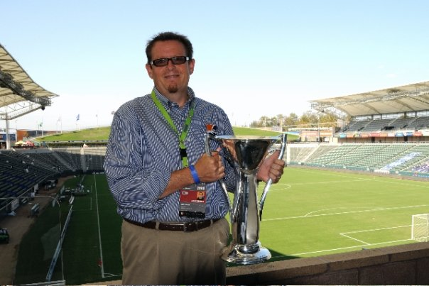 GM Gerry Marrone with the trophy. Photo Credit: Gerry Marrone